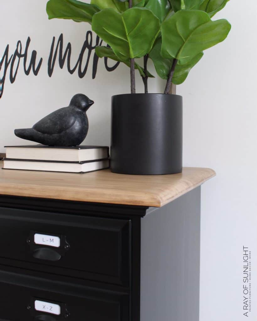 How To Easily Paint Black Furniture One Of The Hardest Colors To